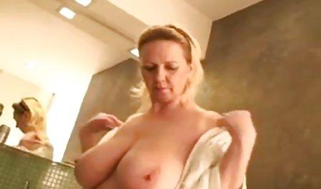 سکس داغ داستانهای سکسی مامان در یک پل کوه