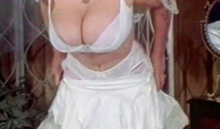 دختر نوجوان داغ روسی رابطه سکس دختر و مامان جنسی جنسی دارد