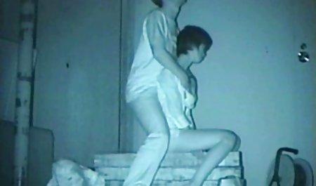 جزی جی جی داستان سکس ضربدری مامان بسیار جذاب است